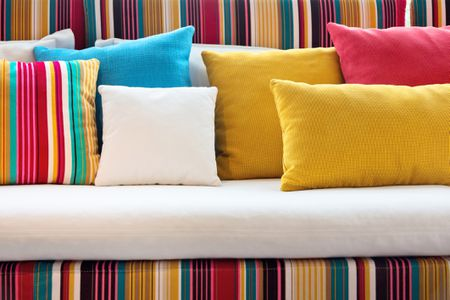 A Quick Guide to Purchasing the Right Pillows for a Good Night's Rest